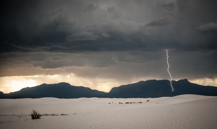 I had a chance after my flight to El Paso to check out the White Sands National Monument en route to the hotel (after 4+ hours on a plane, I really needed to walk). I arrived just as a storm was rolling in from the west...thank goodness for continuous shooting mode.